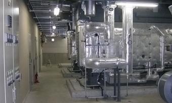 冷温水発生装置・冷凍機